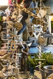 Cadeaux en bois de décoration de Noël photographie stock libre de droits