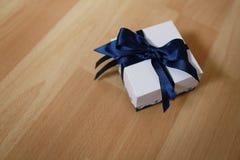 Cadeaux faits main Image libre de droits