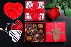 Cadeaux pour des valentines Photographie stock
