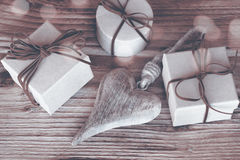 Cadeaux pour le jour de mères dans la sépia Image libre de droits