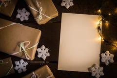 Cadeaux sur le Tableau Photo stock
