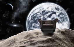 Cadeira antiga no espaço imagem de stock royalty free