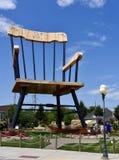 A cadeira de balanço a maior do ` s do mundo Foto de Stock