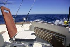 Cadeira de madeira da pesca do barco do grande jogo Fotografia de Stock Royalty Free
