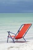 Cadeira de praia na praia de Sanibel Fotos de Stock