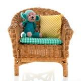 Cadeira de vime fotografia de stock royalty free