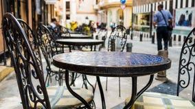 Cadeira e tabela Imagens de Stock