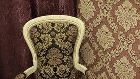 Cadeira nos apartamentos filme