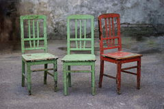 Cadeira velha quebrada Fotos de Stock
