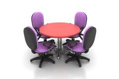Cadeiras da mesa redonda e do escritório da conferência na sala de reunião Fotos de Stock Royalty Free