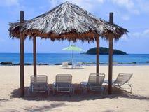 Cadeiras da sala de estar na praia Imagem de Stock Royalty Free