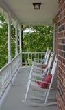 Cadeiras de balanço vazias imagem de stock royalty free
