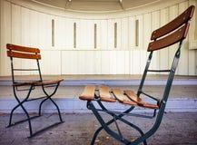 Cadeiras de dobradura foto de stock