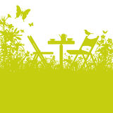 Cadeiras de jardim no jardim ilustração royalty free