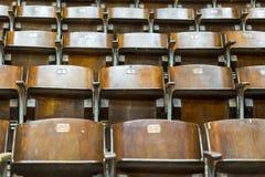 Cadeiras de madeira no circo foto de stock royalty free