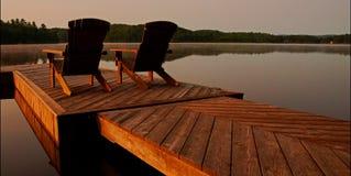 Cadeiras de plataforma fotografia de stock