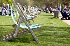 Cadeiras de plataforma vagas Foto de Stock