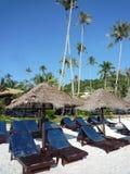 Cadeiras de praia e cabana Fotos de Stock