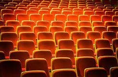 Cadeiras do teatro Imagem de Stock Royalty Free