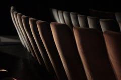 Cadeiras do teatro imagem de stock