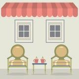 Cadeiras do vintage ajustadas com café sob o toldo e o Windows ilustração do vetor