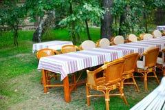 Cadeiras e tabelas Fotos de Stock Royalty Free