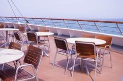Cadeiras na plataforma Fotografia de Stock