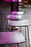 Cadeiras no café Fotografia de Stock