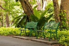 Cadeiras no jardim Foto de Stock