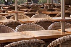 Cadeiras no restaurante Fotografia de Stock Royalty Free