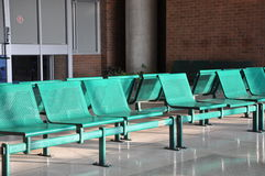 Cadeiras verdes do metal Foto de Stock Royalty Free