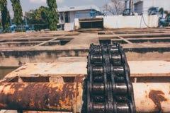 Cadena grande del sedimento de los barrenderos Imagen de archivo libre de regalías