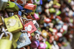 Cadenas d'amour en parc de Namsan Photo stock