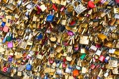 Cadenas d'amour, Paris Images libres de droits