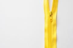 Cadenas de couture sur le fond blanc, l'espace pour le texte Images stock