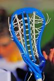 Cadenas de la pista del palillo de las muchachas del lacrosse Imagenes de archivo
