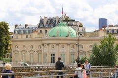 Cadenas de touristes et d'amour, Paris Images libres de droits