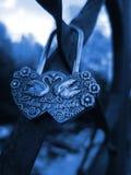 Cadenas fermé avec un serment de l'amour Images libres de droits