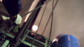 Cadenas industriales del redondo-vínculo para los alzamientos metrajes