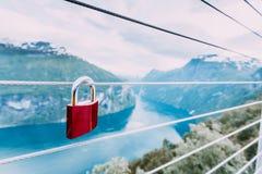 Cadenas rouge et Geirangerfjord de point de vue Norvège de Flydasjuvet Images libres de droits