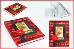 Caderno bonito Caderno em t?cnicas scrapbooking foto de stock royalty free