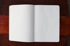 Caderno branco em branco fotografia de stock