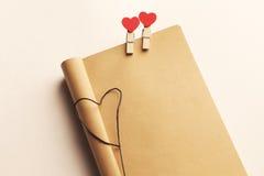 Caderno de Roustic para o dia do ` s do Valentim Foto de Stock
