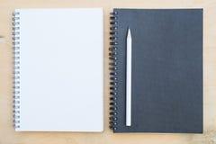 Caderno e lápis Fotografia de Stock