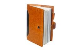 Caderno em um emperramento de couro marrom Imagem de Stock