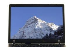Caderno isolado - montanha na tela imagens de stock