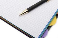 Caderno - organizador com a pena à moda Imagem de Stock Royalty Free