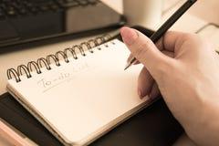 Caderno para as notas que encontram-se no escritório Foto de Stock