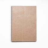Caderno vazio com tampa de cartão de kraft e espiral, modelo Imagem de Stock Royalty Free