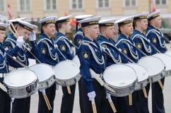 Cadetes que ensayan para el desfile Fotos de archivo